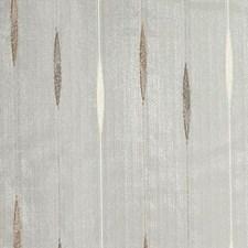 370032 DS61252 177 Chestnut by Robert Allen